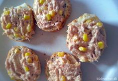 Tuniaková dobrota Baked Potato, Muffin, Food And Drink, Cooking Recipes, Snacks, Baking, Breakfast, Ethnic Recipes, Kitchen