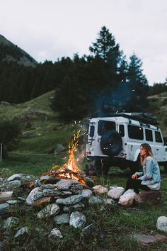 Nice Cars girl 2019 Keeping warm while camping in a vintage Defender. Photo taken by Alex Strohl. Adventure Gear, Adventure Is Out There, Adventure Travel, Offroad, Land Rover Defender 110, Defender Camper, Landrover Defender, Camping Life, Travel Aesthetic