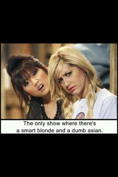 suite life of zack and cody(: use to watch this show all the time! Haha one of my favorite Disney shows! Old Disney, Disney Love, Disney Stuff, Disney Nerd, Disney Magic, Disney Humor, Disney Pics, Funny Disney, Disney Princess
