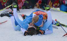 OLYMPIAKULTAA! Sami Jauhojärvi ja Iivo Niskanen onnittelivat toisiaan kisan ratkettua.
