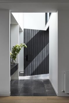 5 Cool DIY Wall Art Ideas for Your Walls What an entrance! Nothing beats a huge timber door like this one to create a grand entrance Hawthorn East. Contemporary Architecture, Interior Architecture, Interior Design, Melbourne Architecture, Big Doors, Front Doors, Black Doors, Front Entry, Entry Doors