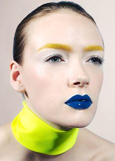 i need blue lipstick, im telling you!