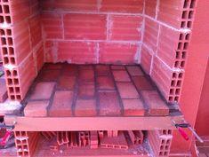 Hacer Barbacoa de obra | Bricolaje Backyard Fireplace, Backyard Patio, Outdoor Bbq Kitchen, Brick Bbq, Four A Pizza, Garden Doors, Barbecue Grill, Home Hacks, Decoration