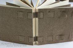Papieren Avonturen: woven codex (from Alisa Golden's 100+ Handmade Books) out of Zaansch board