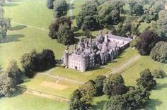 A list of the most famous Irish castles. Enjoy! :)