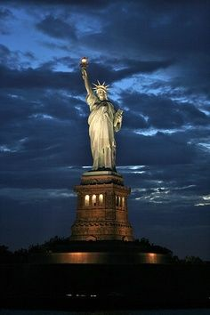 ~Good night NYC~ Is there a ferry ride that is not too long that allows you to see her?  I would.