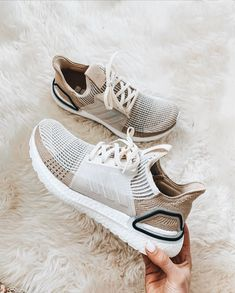Discover recipes, home ideas, style inspiration and other ideas to try. Dr Shoes, Tennis Shoes Outfit, Hype Shoes, Crazy Shoes, Sock Shoes, Me Too Shoes, White Tennis Shoes, Rubber Shoes Outfit, Cute Sneakers