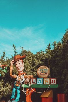 Toy Story Land Walt Disney World Disney Picture Disney World Fotos, Walt Disney World, Disney Parks, Disney Pixar, Disney World Pictures, Disney Toys, Disney Magic, Disney Movies, Orlando Disney