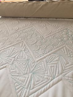 Krista Withers Quilting: gorgeous quilting