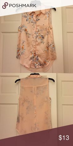 H&M Floral Tank size 4 H&M Floral Tank in size 4. Beautiful airy material. Great for summer and fall! Worn only once. In great condition!! H&M Tops Blouses