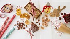 Å lage julegaver er koselig både for den som gir og den som får. Spiselige julegaver er alltids populært. Vi deler med deg av våre beste oppskrifter, tips og ideer.