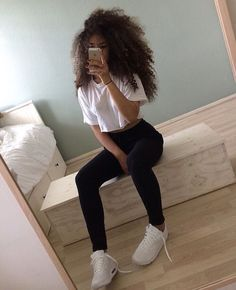 Best Outfit Styles For Women - Fashion Trends Chill Outfits, Swag Outfits, Trendy Outfits, Summer Outfits, Cute Outfits, Curly Hair Styles, Natural Hair Styles, Long Curly Hair, Teen Fashion