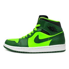 Air-Jordan-1-Retro-Gorge-Green-Electric-Green-01.jpg 600×400 pixels ❤ liked on Polyvore featuring shoes, sneakers, green, jordans and lime green