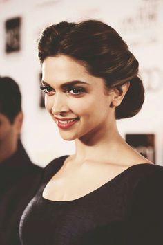 Bollywood Actress hairstyles 2014 by Utsav Fashion Indian Celebrities, Bollywood Celebrities, Bollywood Actress, Indian Bollywood, Bollywood Hairstyles, Indian Hairstyles, Bun Hairstyles, Deepika Padukone Style, Deepika Ranveer