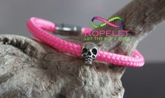 Who dosent like pink! This is one of the amazing Skull Ropelets from the handmade rope bracelet range at www.ropelet.co.uk. Aren't they beautiful!