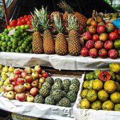 Feira, Rua General Glicerio, Rio de Janeiro. Laranjeiras Market.