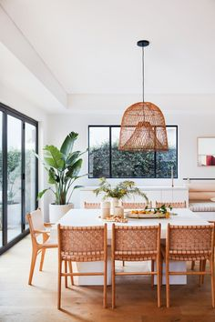 Exclusive: Inside Garance Doré's L. Home Where Terra Cotta Hues Steal the S. - - Exclusive: Inside Garance Doré's L. Home Where Terra Cotta Hues Steal the Show Dining Room Inspiration, Home Decor Inspiration, Decor Ideas, Decorating Ideas, Style At Home, 1940s Bungalow, Sweet Home, Dining Room Design, Modern Dining Room Chairs