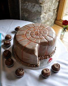 The perfect wedding cake #ammonite #cake