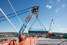 February 4, 2017 - I Lift NY makes its first lift of 2017 on the cable-stayed main span.