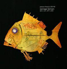Wood Block Crafts, Wood Blocks, Wood Crafts, Weird Fish, Junk Art, Fish Design, Driftwood Art, Marine Life, Altered Art