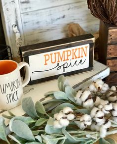 PSL Rae Dunn Autumn Crafts, Holiday Crafts, Holiday Fun, Fall Projects, Vinyl Projects, Fall Decorations, Halloween Decorations, Market Day Ideas, Wood Centerpieces