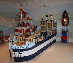 I wish I'd had this pirate ship bed as a child