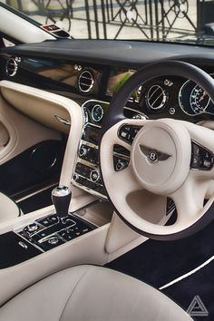 Ecstasy Models • youngsophisticatedluxury: Bentley Mulsanne -...