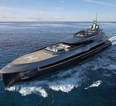 Rate this yacht -- by luxury_lifestyle_firsthand Yacht Design, Boat Design, Super Yachts, Big Yachts, Jets Privés De Luxe, Bateau Yacht, Luxury Helicopter, Jet Privé, Buy A Boat