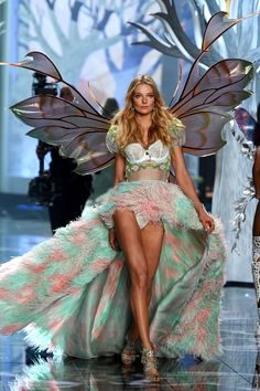 Victoria's Secret Fashion Show 2014 Eniko Mihalik