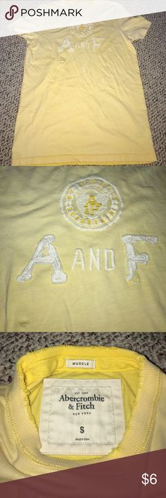 Mens Abercrombie&Fitch tee shirt Men's Abercrombie&Fitch tee shirt. Light pale yellow with cream color embroidery. Super soft. Excellent condition Abercrombie & Fitch Shirts Tees - Short Sleeve