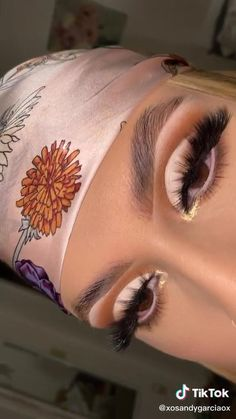 Dope Makeup, Edgy Makeup, Makeup Eye Looks, Dark Skin Makeup, Eye Makeup Art, Pretty Makeup, Natural Makeup, Basic Eye Makeup, Creative Eye Makeup