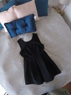 This really gorgeous and very classy MINKPINK Above The Knee Dress is in Excellent Condition. Black shiny crepe Polyester with a Champagne silky Polyester detail as shown. A beautiful dress at a bargain price. Minkpink, Beautiful Dresses, All Things, Classy, Ebay, Black, Tops, Women, Fashion