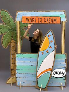 фотозона из картона Ocean Themes, Beach Themes, Cadre Photo Booth, Foam Carving, Photo Zone, Garage Furniture, Photos Booth, Graffiti Wall Art, Backdrop Design