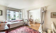 #AVendre - PARIS IVème - MARAIS  EXCLUSIF - Situé au 3ème étage avec ascenseur dans un immeuble 1930 en bon état. Charmant 2 pièces de 33 m² LC, composé : d'une entrée, une salle d'eau avec WC, un séjour avec une grande fenêtre, une cuisine séparée avec une fenêtre, une chambre avec une grande fenêtre.  Pour plus d'informations, appelez notre agence Vaneau Marais au 01.42.74.16.16 ou envoyez un mail à marais@vaneau.fr