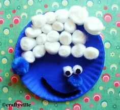 Oh my goodness...i have to let my 3 year old make this, not for her but her daddy who loved the smurfs as a kid.