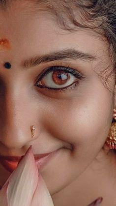 Cute Beauty, Beauty Full Girl, Dark Beauty, Beauty Women, Beautiful Girl In India, Beautiful Girl Photo, Beautiful Eyes, Beautiful Bollywood Actress, Most Beautiful Indian Actress