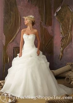 Shop Morilee's Mori Lee Bridal Embroidery With Beading Tiered Organza Wedding Dress. Wedding Dresses and Bridal Gowns by Morilee. Pleated organza and a beaded sweetheart neckline create a form fitting bodice on this A line bridal Dress. Mori Lee Bridal, Mori Lee Wedding Dress, Wedding Dress 2013, Princess Wedding Dresses, Wedding Dress Styles, Dream Wedding Dresses, Bridal Dresses, Wedding Gowns, Ivory Wedding
