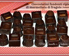 Cioccolatini fondenti ripieni di marmellata di fragole (homemade)