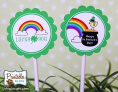 St. Patricks Day Cupcake Toppers. Love the rainbows!
