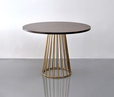 Mesas comedor   Mesas   Wired   Phase Design   Reza Feiz. Check it out on Architonic