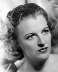 Gracie FIELDS, DBE (1898-1979) * AFI Top Actress nominee > Active 1924–78 > Born Grace Stansfield 9 Jan 1898 Lancashire, England > Died 27 Sept 1979 (aged 81) Capri, Italy, pneumonia > Nationality: British > Other: Singer > Spouses: Archie Pitt (1923–39 div); Monty Banks (1940–50, his death); Boris Alperovici (1952–79, her death) > Children: none. Comedienne and singer in British Music Halls, highest paid actress in Britain in the 30's, highest paid film star in the world 1937.