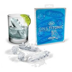 The Titanic Ice Cube Tray is sometimes called the Gin and Titonic ice cube making set. A silicone ice cube tray that makes ice shaped like the Titanic ship and icebergs to float in your drinking glass. Ice Cube Molds, Ice Cube Trays, Ice Tray, Ice Cubes, Die Titanic, Titanic Sinking, Plastik Box, O Gin, Gin Gifts