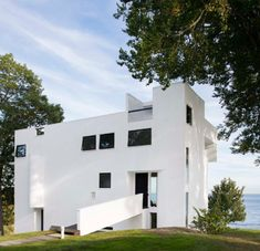 Richard Meier Reflects on the 50th Anniversary of...   INTERIOR DESIGN