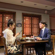 Image may contain: one or more people, people sitting and indoor Korean Celebrities, Korean Actors, Korean Dramas, Gemini Rising, Kdrama Actors, People Sitting, Pretty Men, Drama Series, Stars And Moon