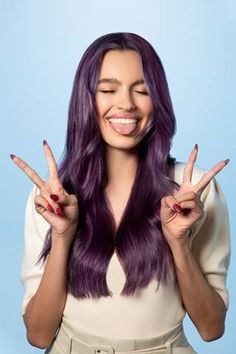 Keeping Colors Bright and Beautiful, New Pravana Color Enhancers - Color - Hybrid Elektronike Pastel Purple Hair, Porous Hair, Hot Hair Colors, Icy Blonde, Haircut And Color, Hair Shows, Long Curly Hair, Beautiful Long Hair, Hair Designs
