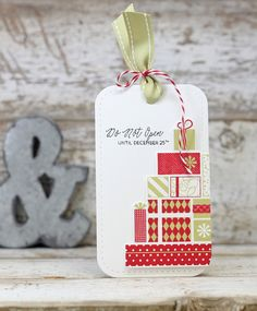 Stack Of Presents Gift Tag by Laurie Willison for Papertrey Ink (September 2016)