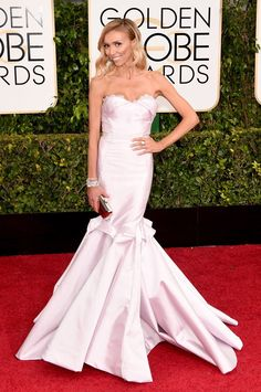 Pin for Later: See Every Glamorous Look That Stole the Show at the 2015 Golden Globes Giuliana Rancic Giuliana was all about the mermaid-style silhouette in this strapless gown.