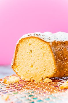 Cream Cheese Pound Cake is a slight twist on the classic recipe and is dense, sweet, and tender and the only pound cake recipe you will ever need! Serve it plain or with fresh fruit, whipped cream, or a homemade strawberry or chocolate sauce! Five Flavor Pound Cake, Pound Cake Recipes, Cream Cheese Pound Cake, Sour Cream Cake, 7 Up Cake, Eat Cake, Best Vanilla Cake Recipe, Single Layer Cakes, Watermelon Cake