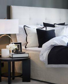 Skillebekk • Slettvoll Master Bedroom Redo, Master Bedroom Interior, Blue Bedroom, City Bedroom, Bedroom Decor, Bed Styling, Bedroom Styles, Contemporary Bedroom, Beautiful Bedrooms