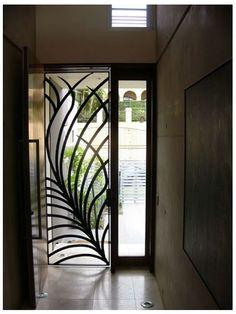Grille défense House Design, Iron Doors, Door Gate Design, Window Grill Design, Fence Design, Beautiful Doors, Gate Design, Iron Decor, Metal Door